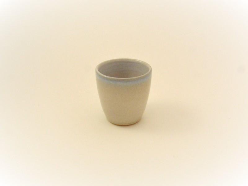 Maanpot-keramiek-handgedraaid-servies-Marjan