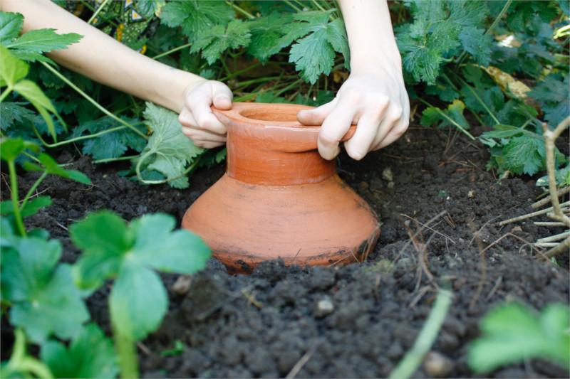 Olla-irrigatie-Maanpot-Keramiek-1