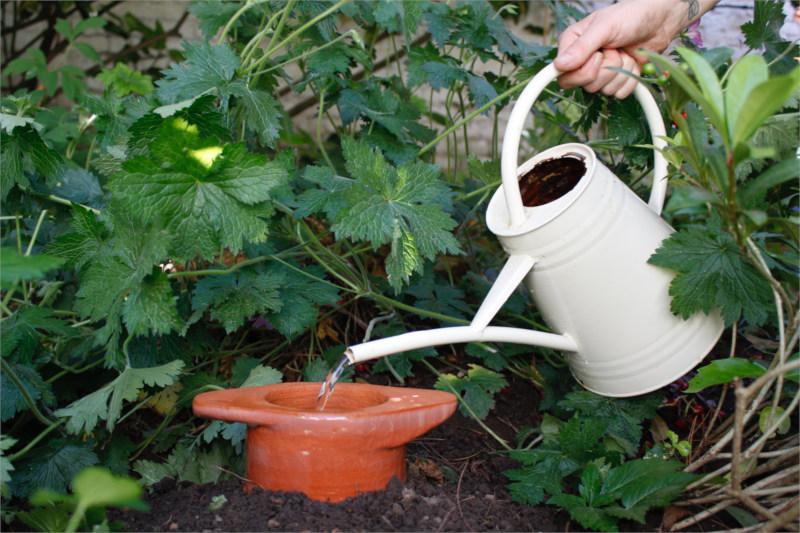 Olla-irrigatie-Maanpot-Keramiek-3